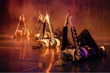 Drama Groups - Amdram - Amateur Theatre Amateur Dramatics Theatre