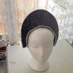 Medieval/Tudor headdresses